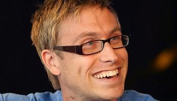 russell-howard-round-the-world