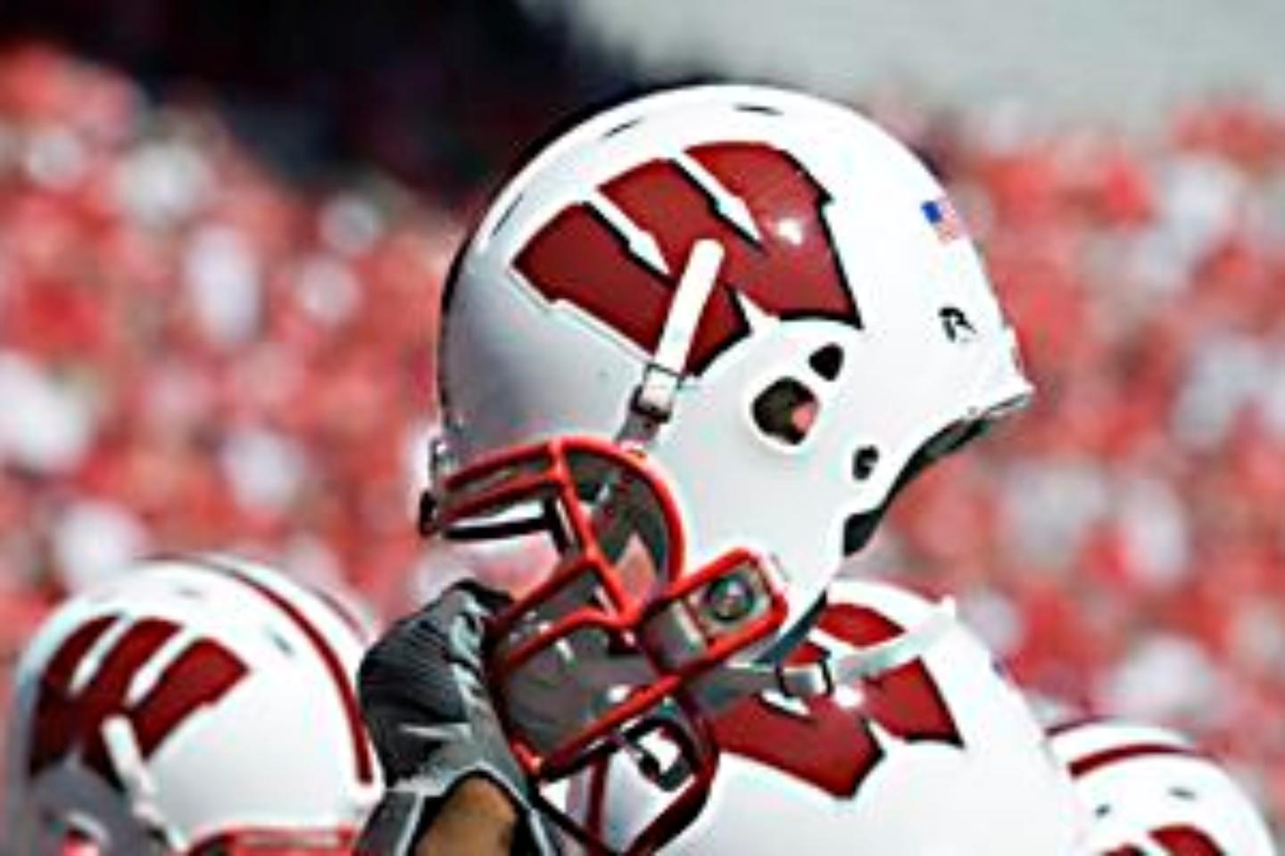 Wisconsin Badgers Football Tickets | Buy or Sell Wisconsin ...